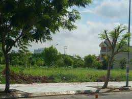 Bán nền đất biệt thự Sadeco Ven Sông Tân Phong, nền T5, diện tích 240m2, giá 17.5 tỷ. LH: 0913.050.053