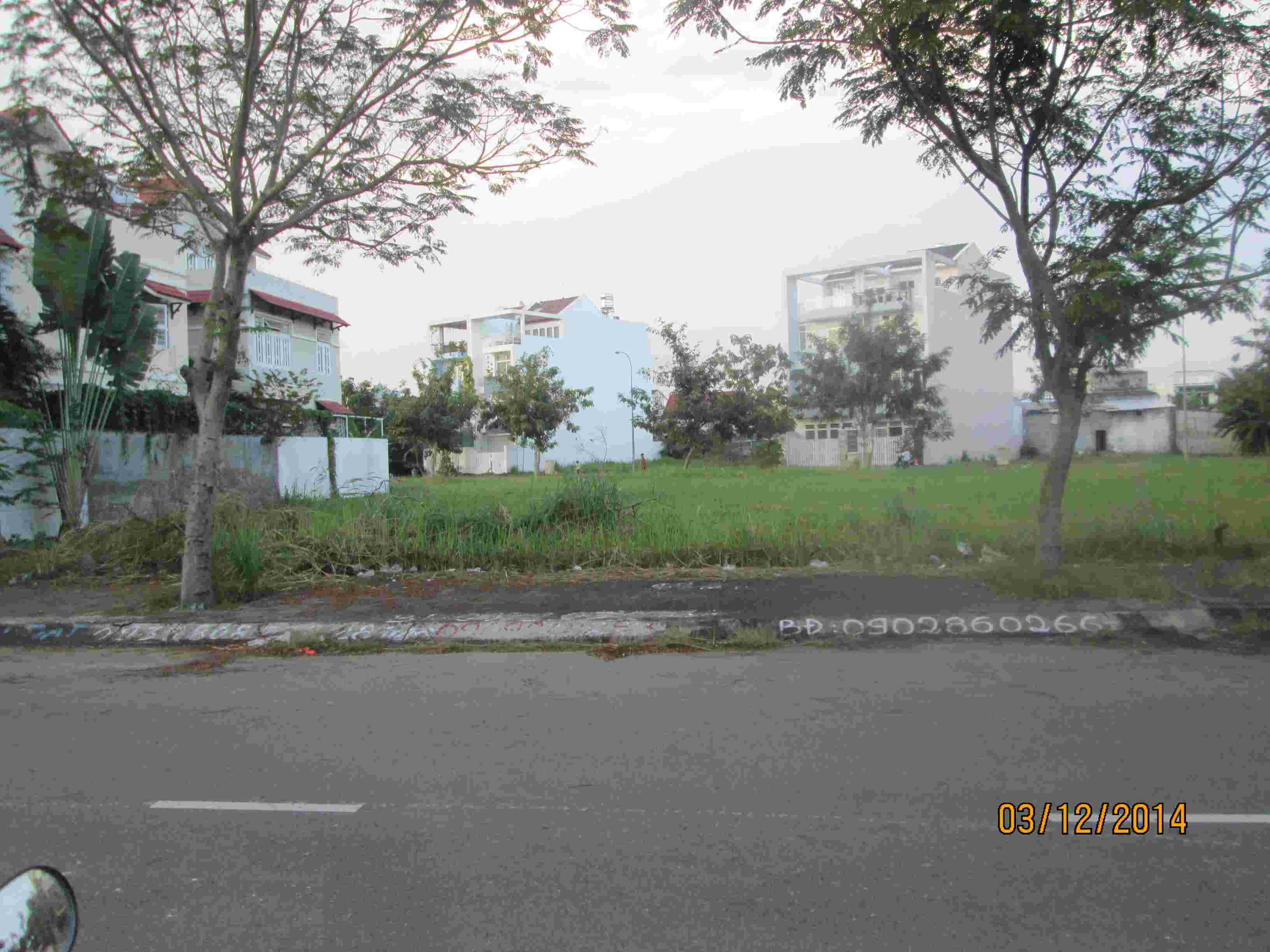 Bán đất nền biệt thự dự án Sadeco Nghỉ Ngơi Giải Trí, nền A69, View Công Viên Phú Mỹ Hưng, 250m2, giá 78 triệu/m2. LH: 0913.050.053