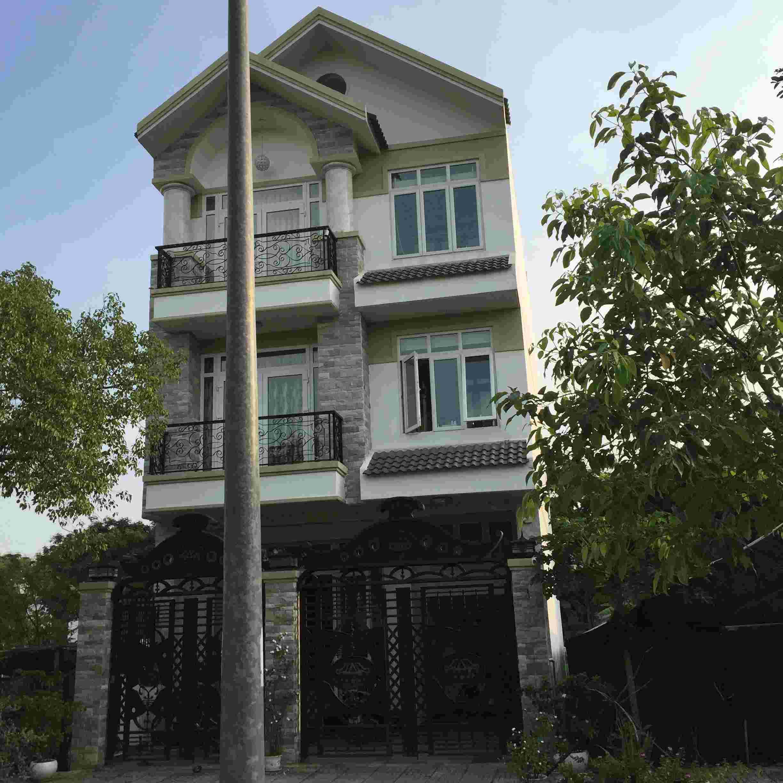 Bán đất nền dự án khu Sadeco Ven Sông Tân Phong Quận 7, diện tích 126m2,  giá 92 triệu /m2. LH: 0913.050.053