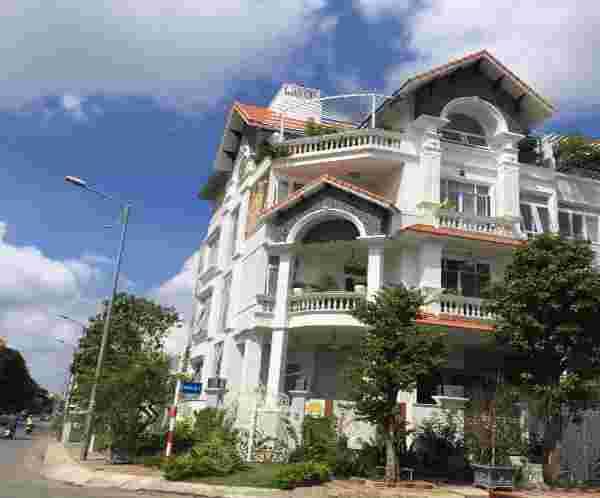 Bán đất nhà phố khu Him Lam Kênh Tẻ rẻ nhất thị trường giá 146 triệu/m, vị trí đẹp, 100m2. LH: 0913.050.053  Mr Huynh.