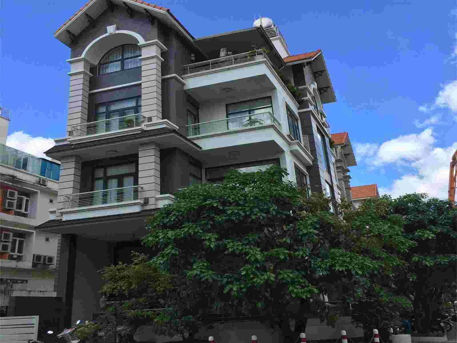 Bán đất khu Him Lam Kênh Tẻ đường Nguyễn Thập 100m2, giá từ 190 triệu/m2 đến 280 triệu/m2, tùy theo diện tích và vị trí. LH: 0913.050.053  Mr Huynh.hiện đang có nền L7 và K26. Lh: 0913.050.053