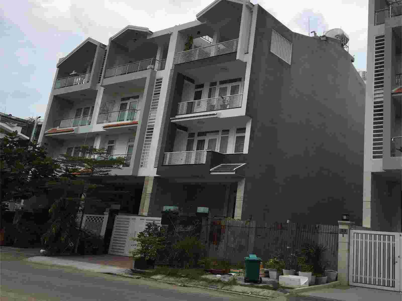 Bán đất nền Him Lam Kênh Tẻ Quận 7, mặt tiền đường D1, diện tích 100m2, giá 220 triệu/m2. LH: 0913.050.053
