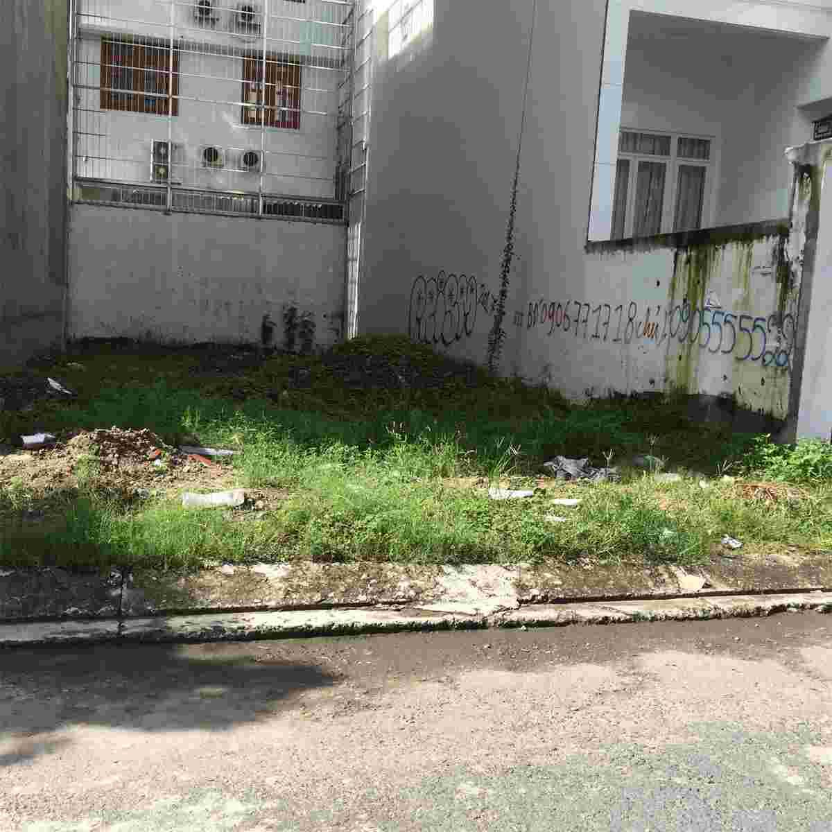 Bán đất nhà phố Him Lam Kênh Tẻ, 100m2, mặt tiền đường D1, nền L77, giá 250 trieu/m2. LH: 0913.050.053
