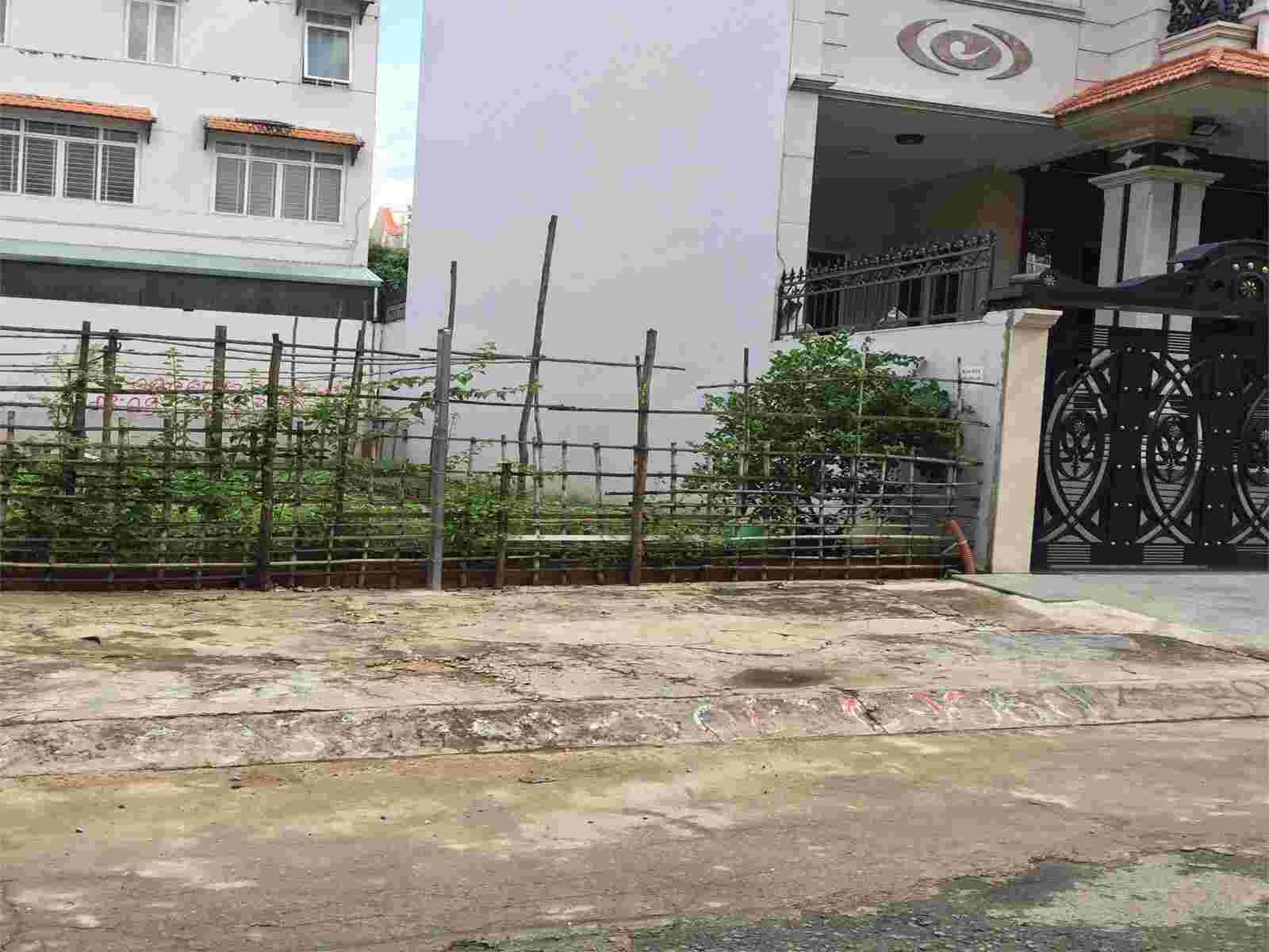 Bán gấp đất nền dự án Kim Sơn quận 7, sổ đỏ, 100m2, nền A110, giá 118 triệu/m2. LH: 0913.050.053