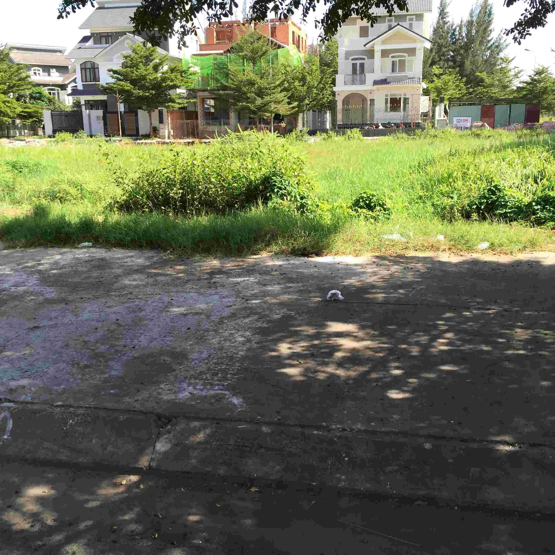 Bán đất nhà phố Sadeco Nghỉ Ngơi Giải Trí, khu Vivo City, 100m2, sổ đỏ, 128 triệu/m2. LH: 0913.050.053  Mr Huynh.