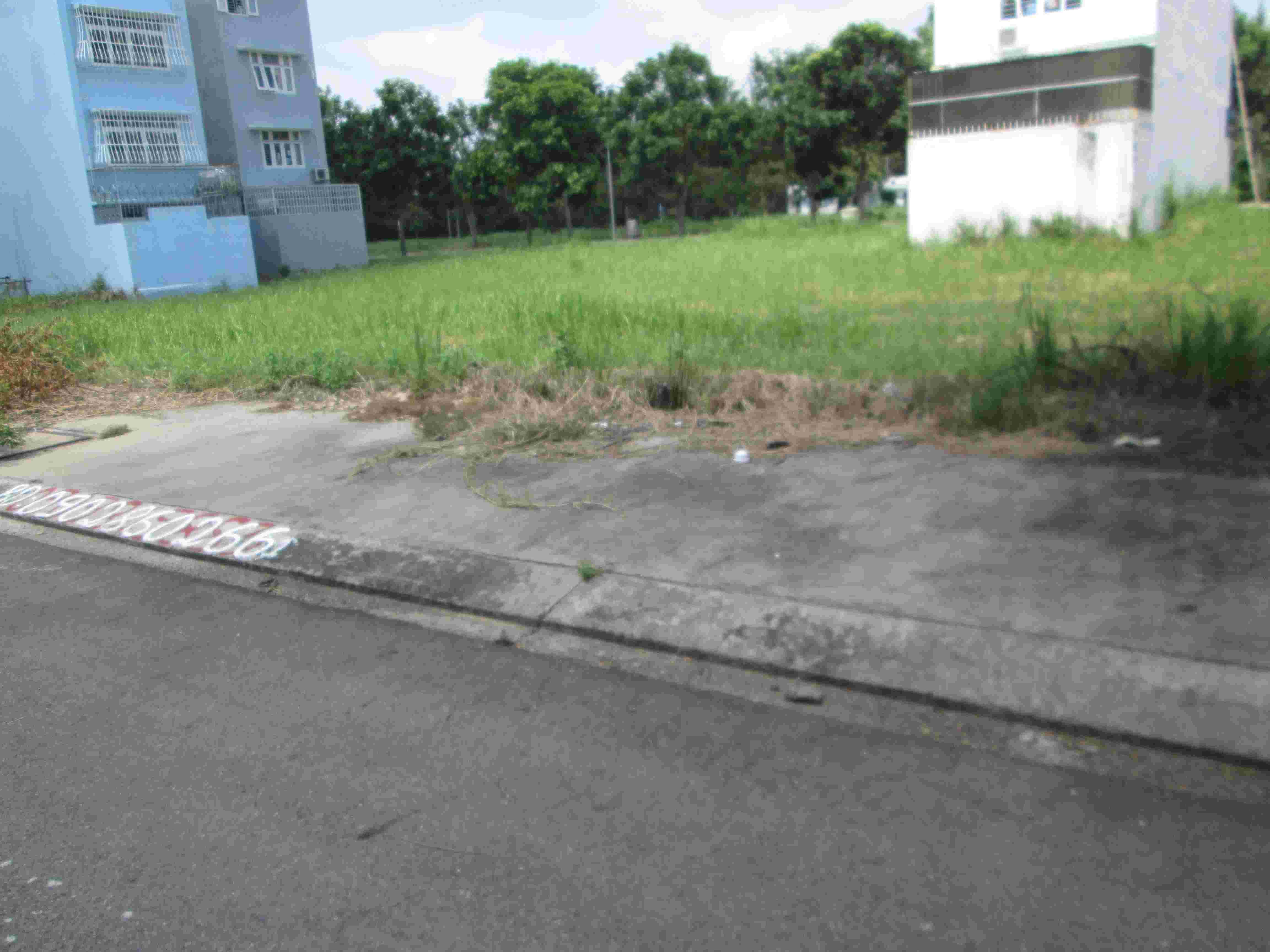 Cần bán gấp đất nền nhà phố Sadeco Phước Kiển 1, lô góc 2 mt đường 16m, nền I21, diện tích 117m2,  giá 8.2 tỷ