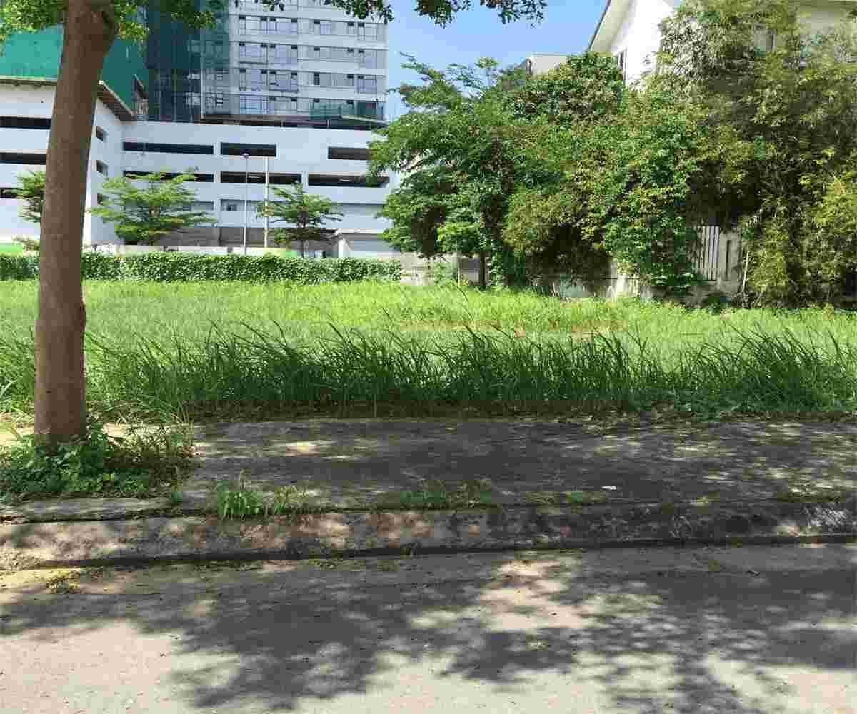 Bán đất nhà phố khu Sadeco Nghỉ Ngơi Giải trí, 100m2, hướng Đông, 128triệu/m2. LH: 0913.050.053 Huynh