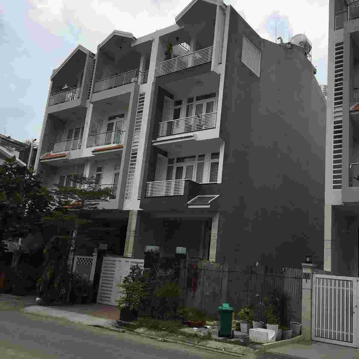 cần bán gấp nhà đẹp đường số 53 phường tân quy quận7, giá 15 tỷ có thương lượng cho người thiện chí.