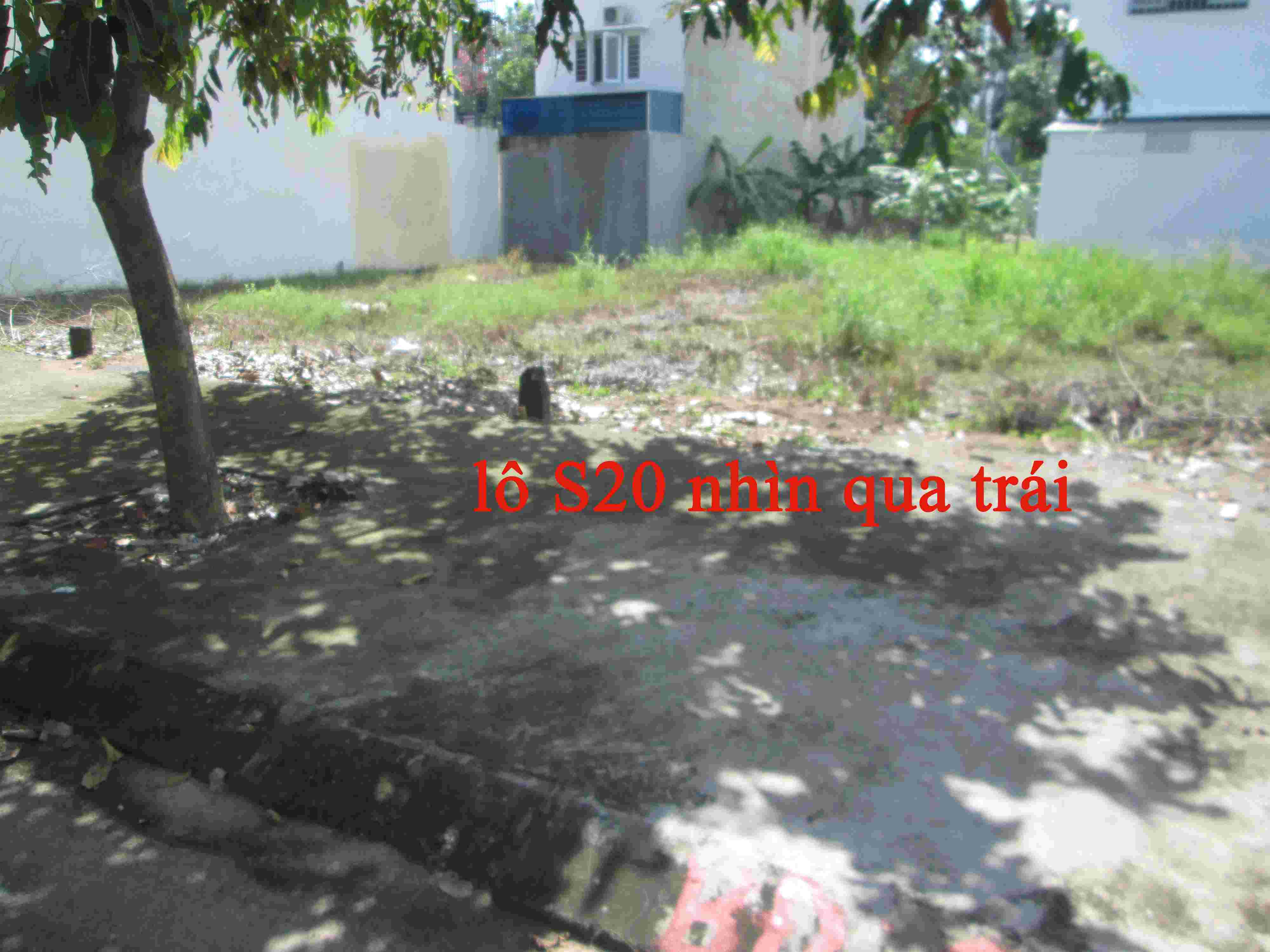 Cần bán nền đất khu dân cư Sadeco Phước Kiển A, nền T16, sổ đỏ, 95m2 , đường 12m ,hướng ĐN, giá 72 trieu/m2.. LH: 0913.050.053